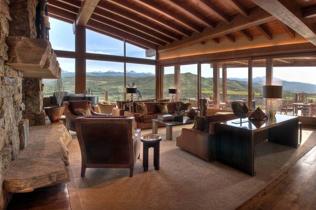 Berghütte USA Rocky Mountains Holz Architektur Interieur Wohnzimmer Gemütlich