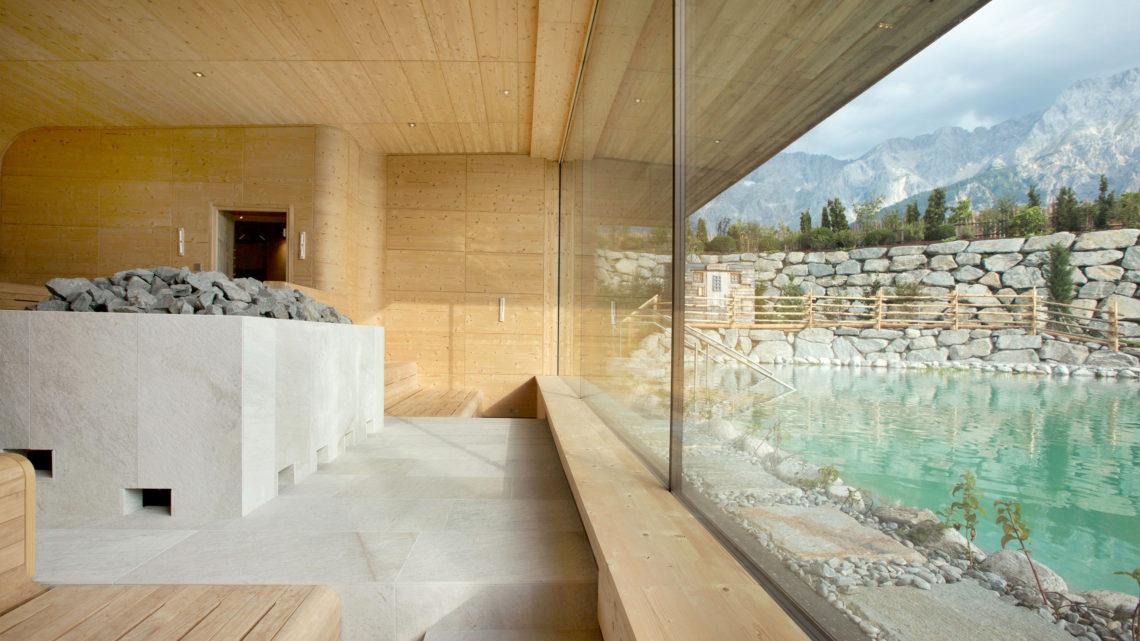 Schwarz Wellness Sauna
