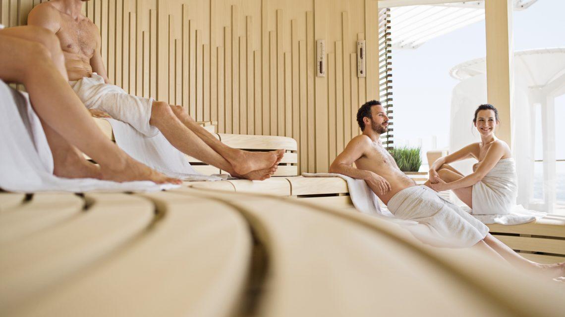 Klafs AIDA Perla Sauna Nackt in der Sauna FKK