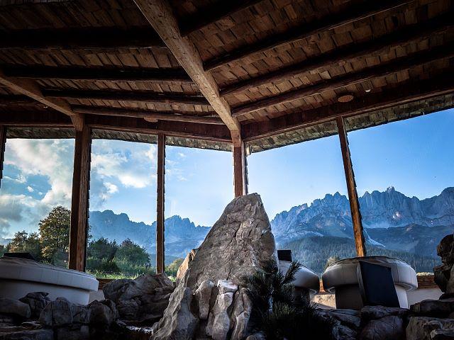 Naturbadesee Stanglwirt Nachhaltiger Luxus Ferien Entspannung Relax Tennis Panorama Ruheraum