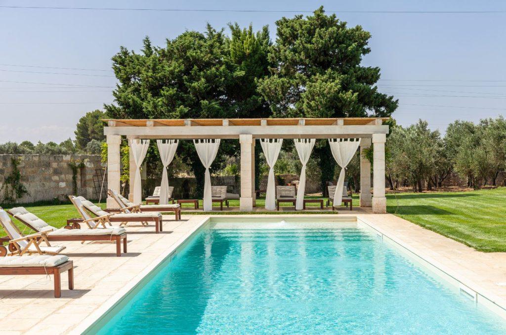 Il Tabacchificio Apulien Design Luxus Pool Ferienvilla