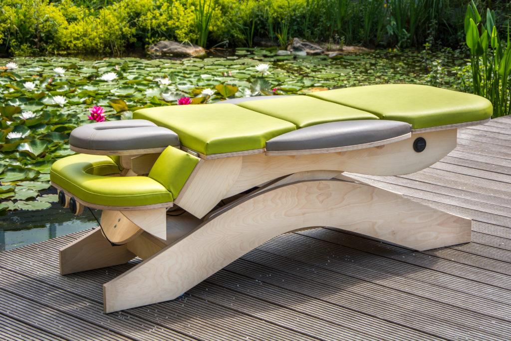 Acumax Therapie- und Massageliegen aus Holz