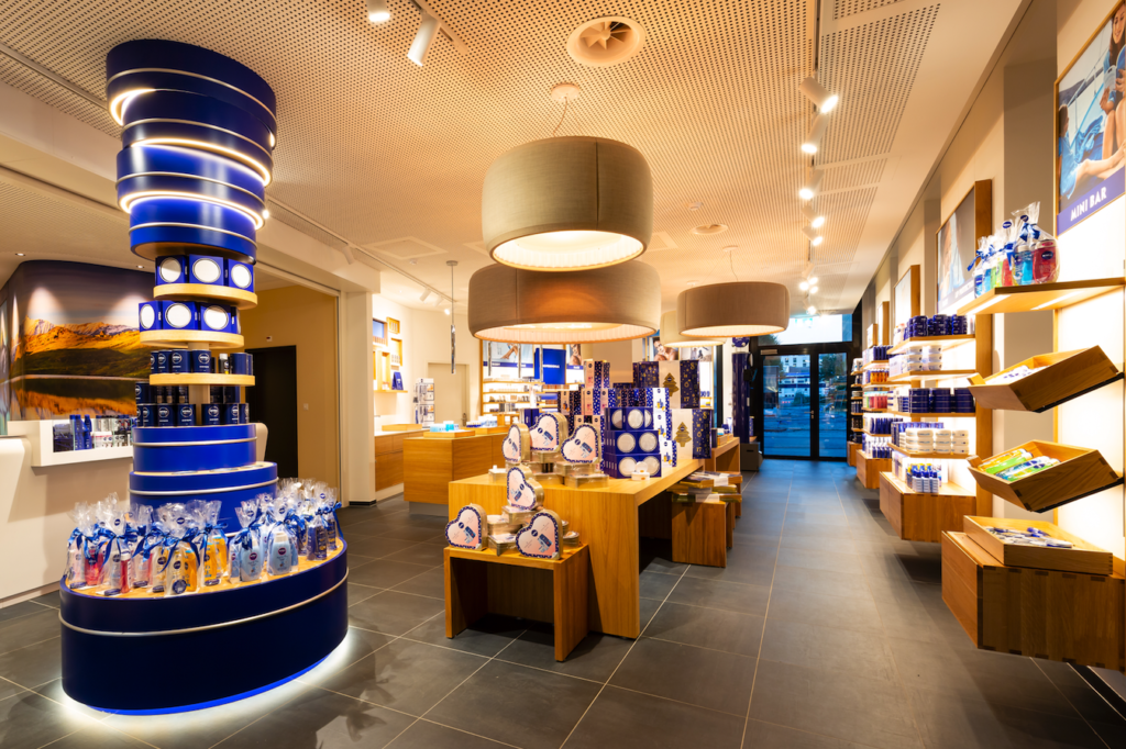 NIVEA Flagship Store designed by Matteo Thun City Resort a-ja Zuerich(c)Christopher Tiess fuer a-ja Resort und Hotel GmbH