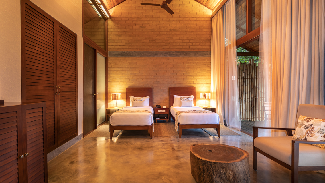Prakriti Shakti Spa Resort Indien Room
