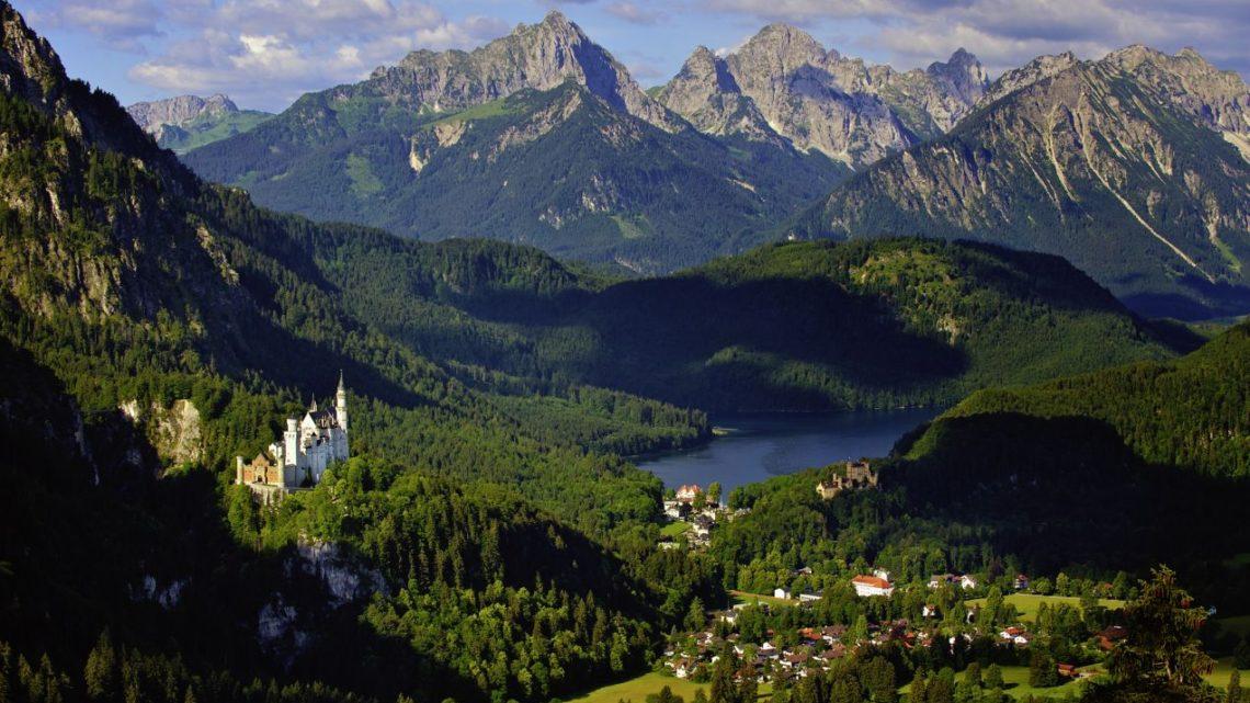 schloss-neuschwanstein_scenery_c_bayerische_schloesserverwalrtung
