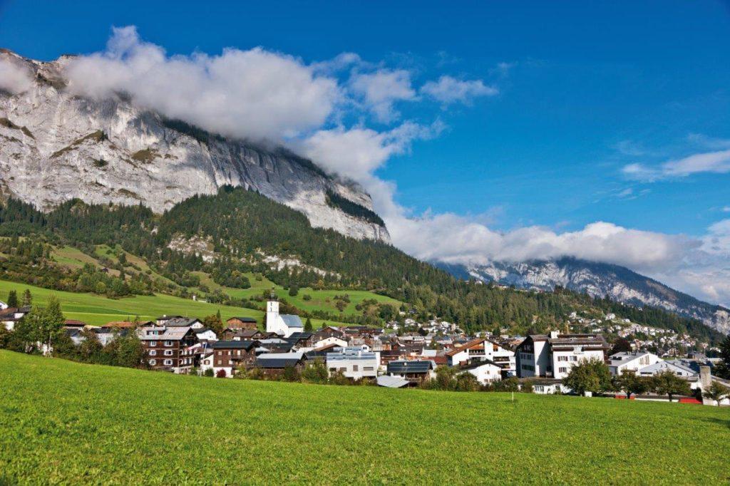 Heidi Graubünden Heidiland Reisen Ferien Alpen Wandern