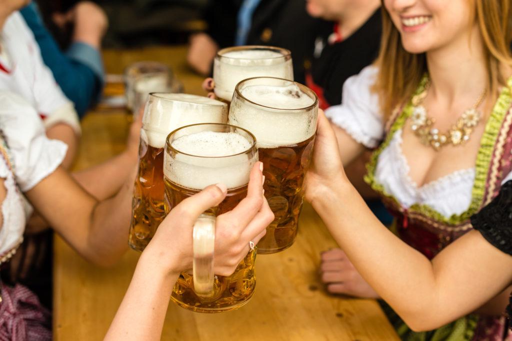 Dirndl Wiesn 2018 Wiesen Oktoberfest Maas Bier Trinken