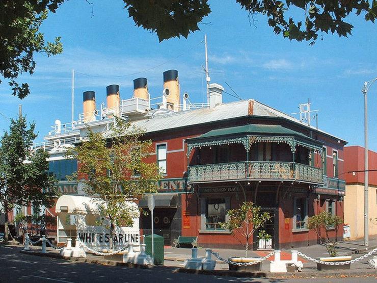 Titanic Theatre Restaurant Williamstown Verrückte Restaurants