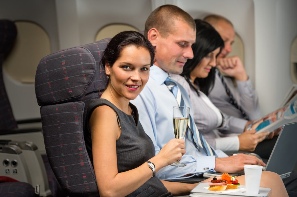 Ernährung auf Reisen Ernährung im Fluzeug Essen im Flugzeug