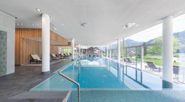 Vivamayr Altaussee Wellness Gesundheit ResortPool seitlich