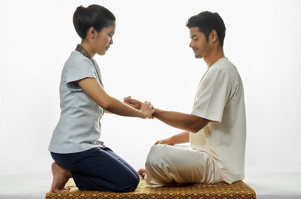 Chiva Som Gesundheitsresort Massage Relexzonen Mann