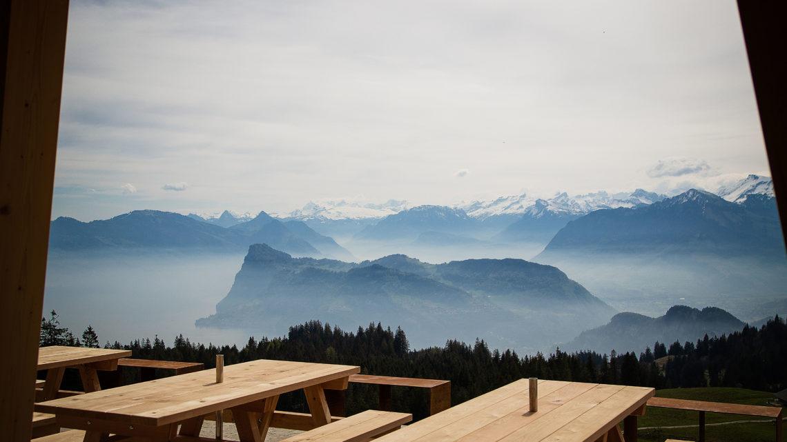 Schweiz Pilatus Bahnen AG Drachenalp Aussicht PPR worldofwellness
