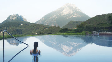 Lefay Resort & Spa Lago di Garda Aussenpool worldofwellness