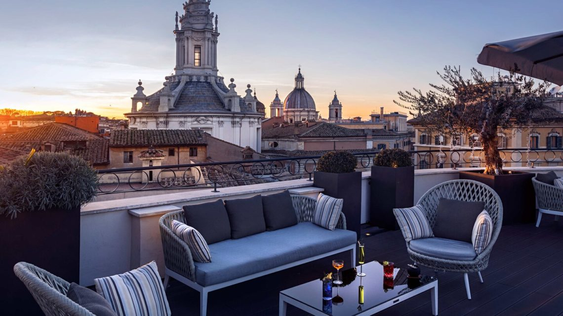 Luxus Rooftop-Bars weltweit The Pantheon Iconic Rome Marriott International worldofwellness