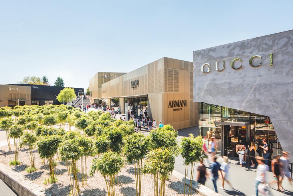 Outletcity Metzingen_Shopping_Gucci_Armani_Loro Piana_Prada_Polo worldofwellness