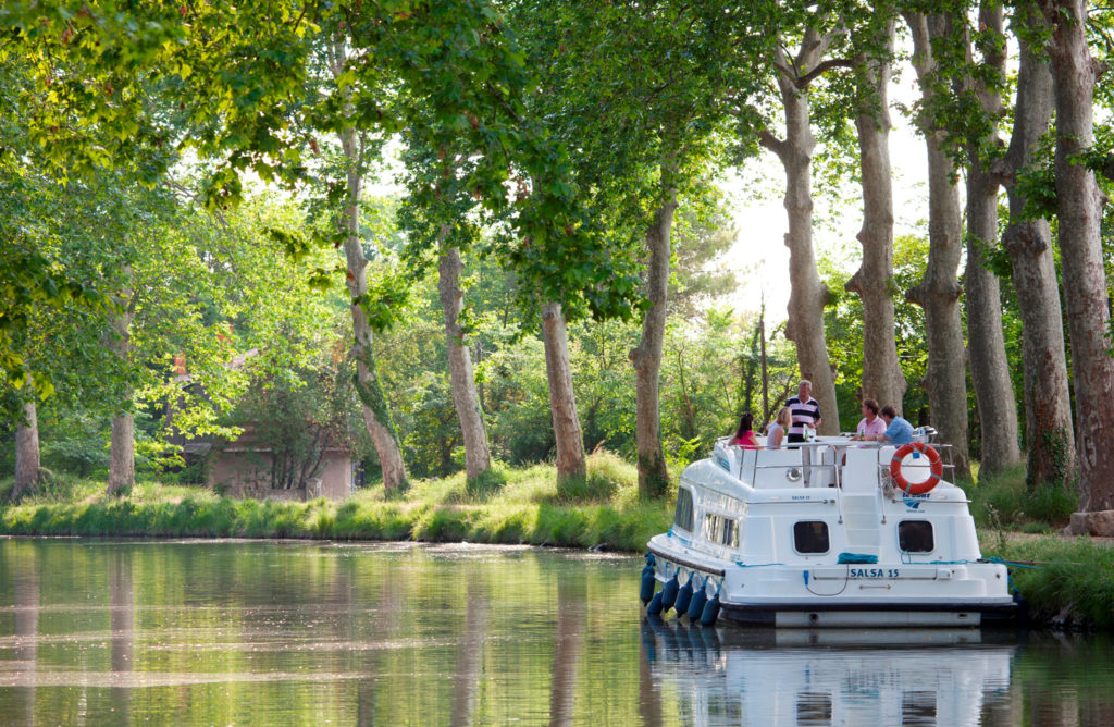 Le Boat Canal du Midi Frankreich worldofwellness