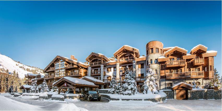 L'Apogée Courchevel Frankreich Skihotels worldofwellness